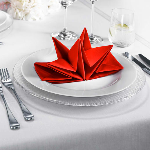 Origami Serviettes Elaborately folded star serviettes – set up with one single movement.