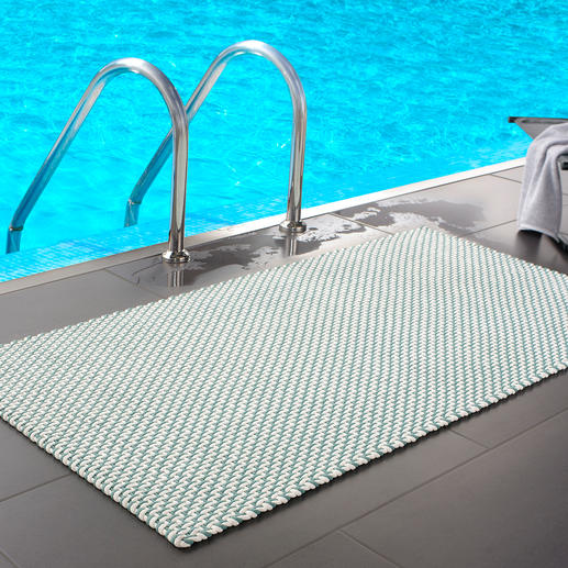 Plaited Door Mat Deluxe or Standard Robust enough for outdoor use, soft enough for bare feet.