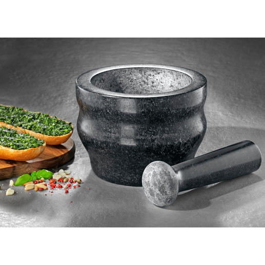 Cole & Mason Granite Mortar Solid granite mortar and pestle grinds spices quickly and preserves their aroma.