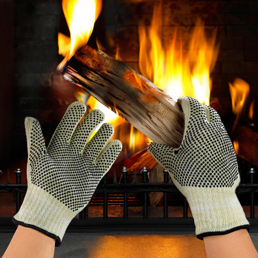 Heat Protection Gloves Made from heat-resistant material, as used in racing driver outfits.