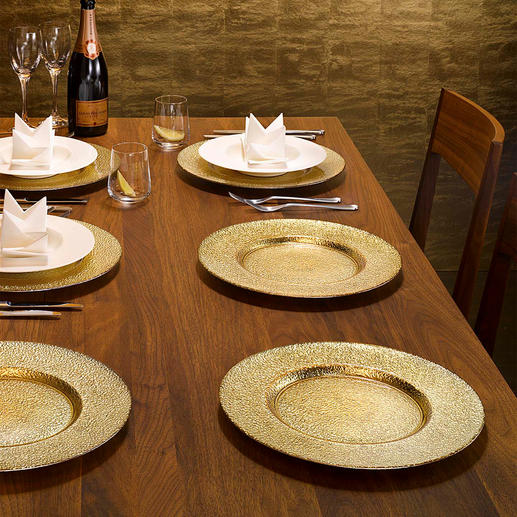 Festive Glass Charger Plate,  Set of 6 Creates a festive table setting in an instant. With lavish gold and silver shining through glass.