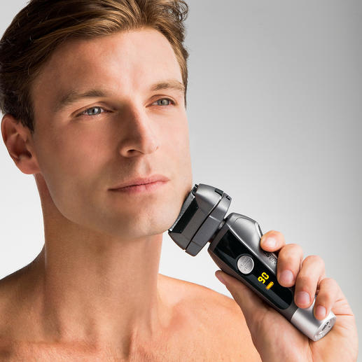 CARRERA Shaver No521 - Award-winning: With the 4-way shaving system for a quicker shave that's gentler and more thorough.