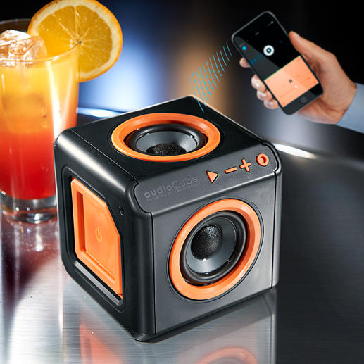360° Bluetooth Speaker - The Bluetooth power cube with 4 surround speakers. Up to 10 hours of nonstop music without mains current.