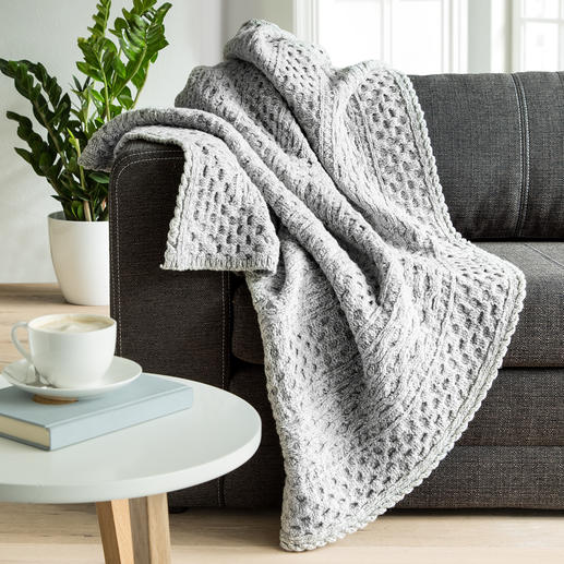 Irelands Eye Aran Knitted Throw - Pure nature: Warm merino wool with soft cashmere.