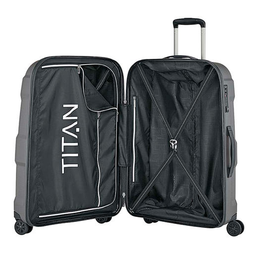Thanks to the intelligent layout, there is plenty of space for your luggage.