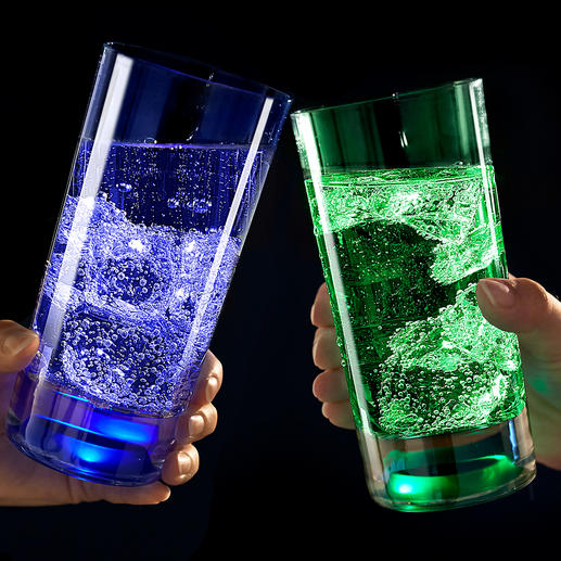TouchOn Luminous Glass, Set of 2 - LEDs embedded in the glass bottom infuse your drinks with a mysterious light.