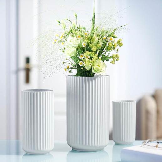 Lyngby Porcelain Vase - Denmark's iconic design made of fine porcelain – with a strikingly ribbed texture shaped by hand.