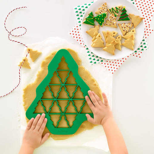 Cutting Template, Set of 3 (Christmas Tree, Heart, Snowflake) With just one cookie cutter make up to 19 (!) perfectly shaped biscuits all at the same time.