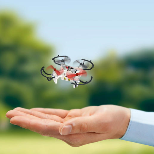 Mini Copter with camera - It's a real quadrocopter with 4-channel radio control and on-board camera.