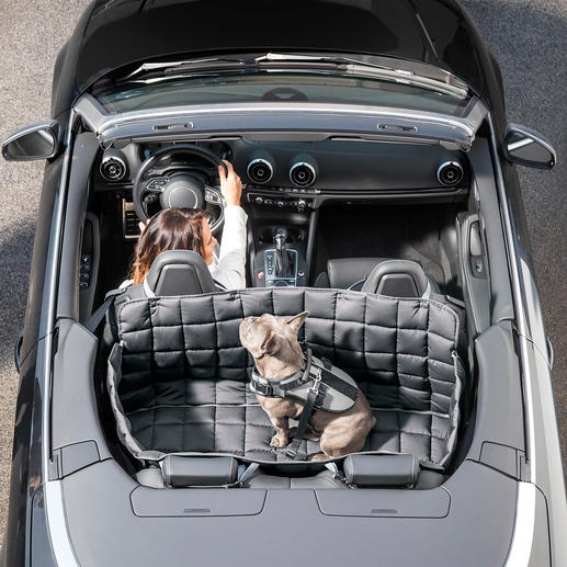 95°C Washable Car Dog Cover - 100% germ-free, parasite and odour-free. With all-side protection for rear seat and boot.
