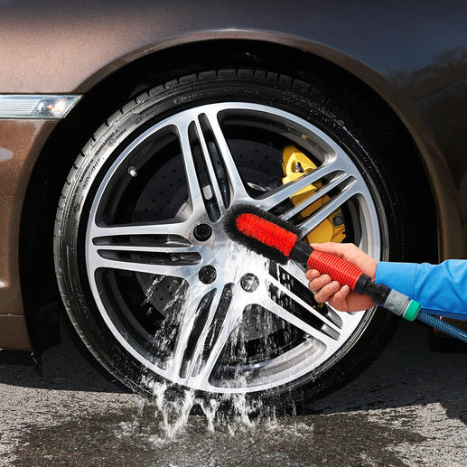 V2 Wheel Rim Brush with Water Connection - Clean wheel rims: Ingeniously simple, thorough and fast.