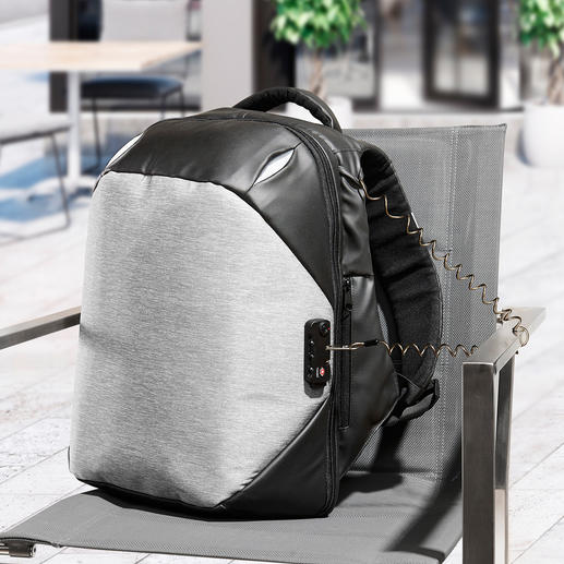 Anti-theft Rucksack - This rucksack is a nightmare for thieves.