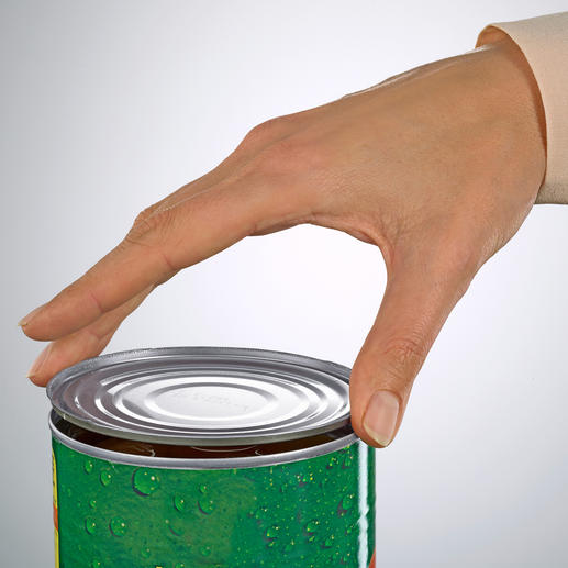 After opening, the lid can be reused to perfectly seal the can.