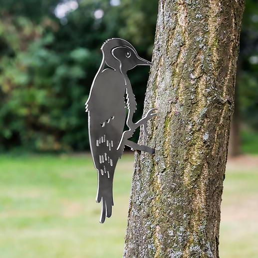 Contour Birds - Naturalistic bird motifs made of finely lasered steel. Now an eye-catcher in your garden.