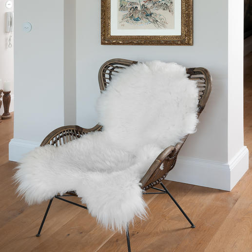 Luxury Sheepskin Extremely thick, with robust dense pile and XL in size.