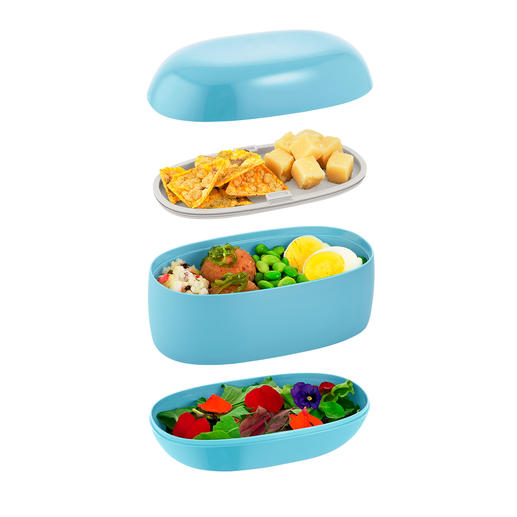 3 separate compartments keep your meals neatly separated.