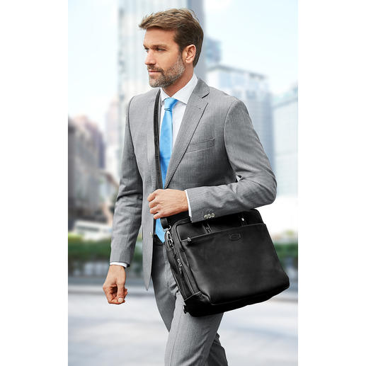If desired, the bag can also be carried on one shoulder – or carried diagonally.