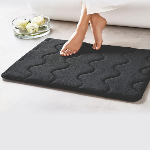 Antibacterial Memory Foam Bath Mat - Incredibly soft, absorbent and quick-drying – featuring an antibacterial finish.