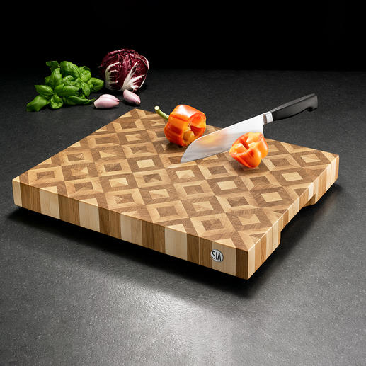 Head Wood Mosaic Cutting Board - A masterpiece made from head wood. Crafted in Germany.