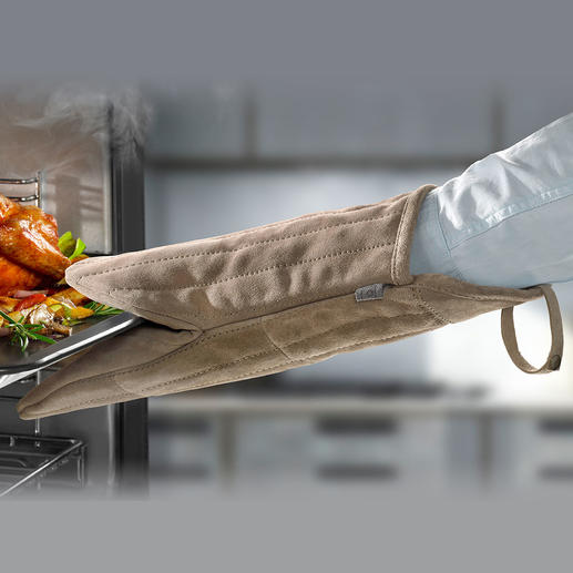 Oven/Grill Glove Suede - Much better grip, safer: The 14.96″ oven glove made of soft suede leather.