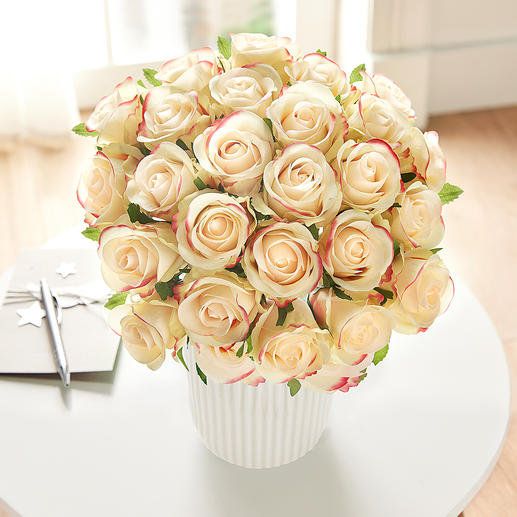 Bouquet of roses - Lavish splendour of everlasting beauty in the most beautiful combination of colours of soft yellow and pink.