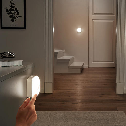 Smart Lights, Set of 3 (1 Base Light, 2 Additional Lights) Cable-free LED light as and where you need it. Throughout the house at just the touch of a button.