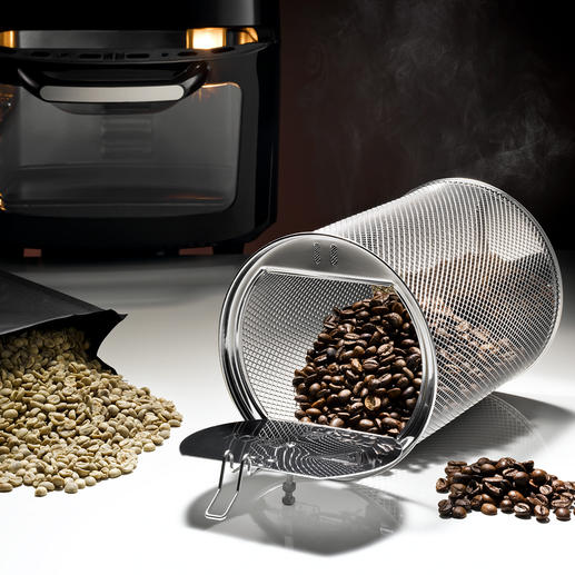 The integrated automatic roaster roasts approx. 250g of green coffee exactly to your taste.