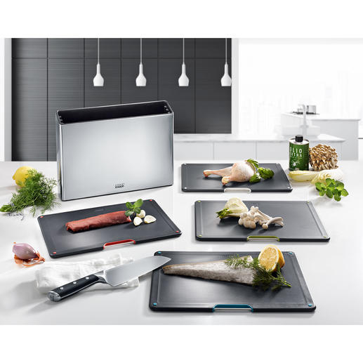Compact 5-piece Chopping Board Organiser Sophisticated design, well thought-out functionality and compactly space-saving. By Joseph Joseph.
