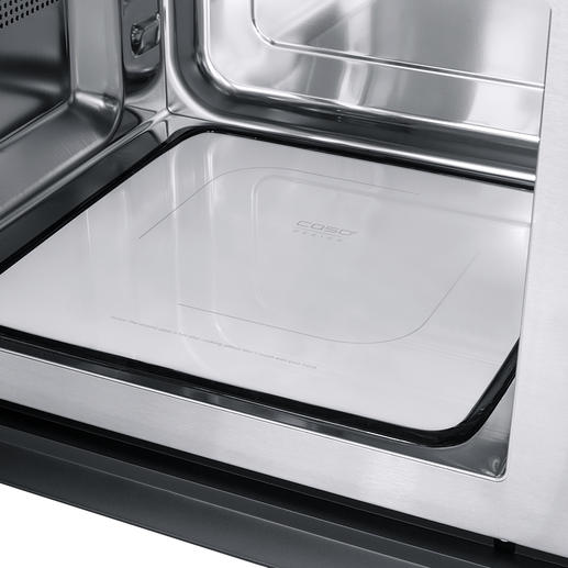 The flat ceramic reflector base distributes the microwaves evenly throughout the 25-litre interior and gives you extra cooking space.