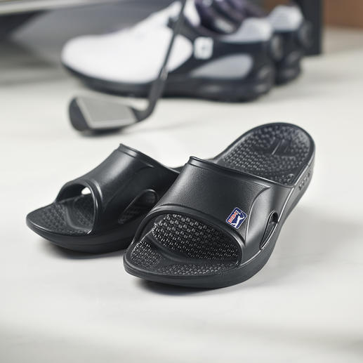 Telic Recovery Sandals Made of Novalon™: ultra-light, thermo-active, anti-allergenic and latex-free.