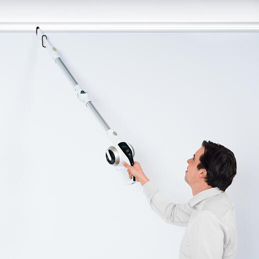 You can easily use the 3-in-1 lightweight appliance to remove cobwebs, dust from door frames, curtain rods, ...