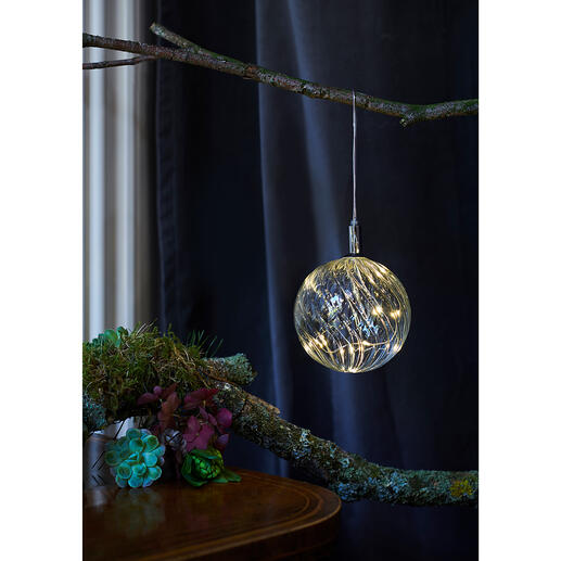 Glass Bauble with micro LEDs