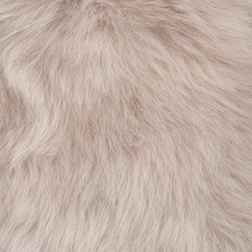 Strenesse Lambskin Collar This winter's key fashion accessory: The lambskin collar by Strenesse.