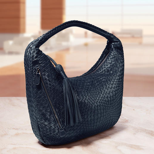 Fontanelli lamb nappa leather woven bag or purse - Hand woven and hand stitched. Made from butter-soft lamb nappa leather.
