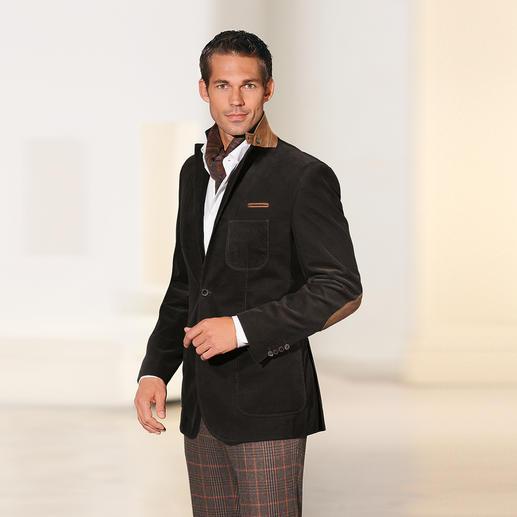 Pontoglio Pincord Jacket A durable, versatile classic. Dressier, hardier, more intense in colour.