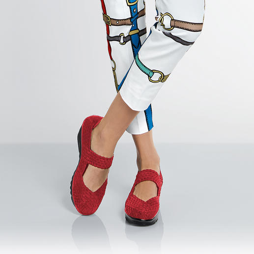 bernie mev. Plaited Wedges Fashionable summer shoes that cannot get any more comfortable, lightweight and airy.