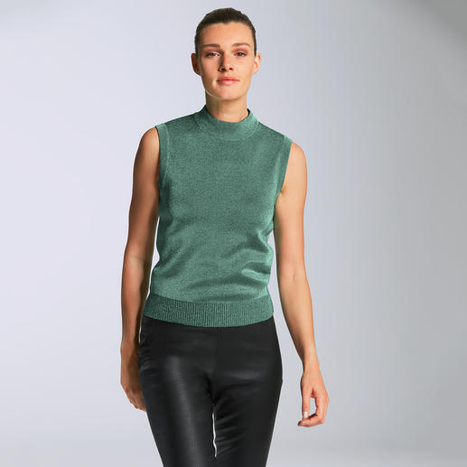 M Missoni Turtleneck Top High-fashion knitwear with fashionable non-scratching Lurex shimmer. By M Missoni.