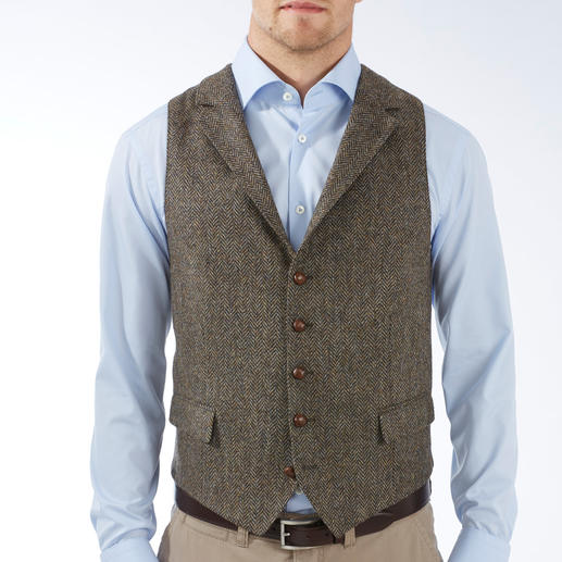 DAKS Tweed Waistcoat The perfect piece: The tweed waistcoat made of pure virgin wool – all-over. By DAKS London.