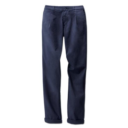 Cotton-Line Chinos Perfect fit. Premium Italian twill.