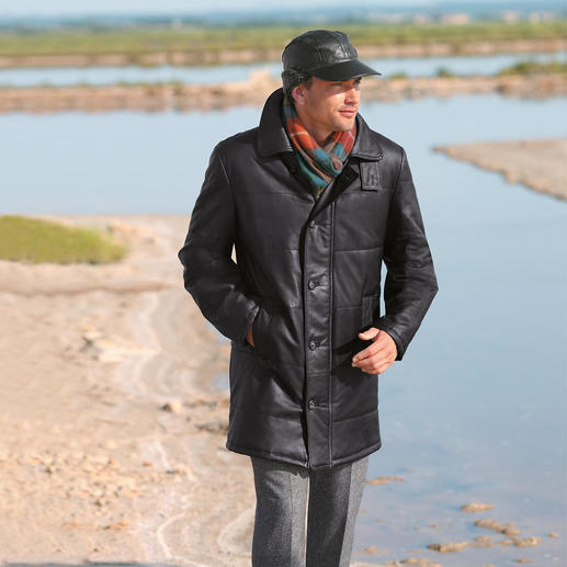 42oz Jacket The finest, softest reindeer calf nappa leather with light padding.