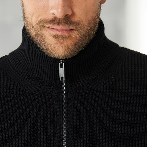 Phil Petter Full Cardigan Troyer Airier than most chunky-knit pullovers: The full cardigan stitch troyer.