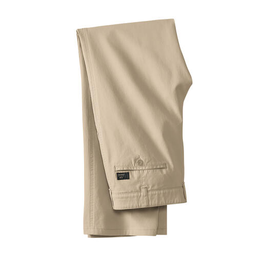 Fine Canvas Trousers More elegant and airy than denim. But ­rugged and uncomplicated enough.