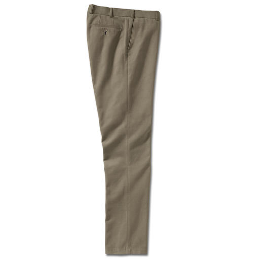 Pima Cotton Chinos Luxuriously comfortable chinos. By trouser specialist Club of Comfort, men's tailoring since1954.