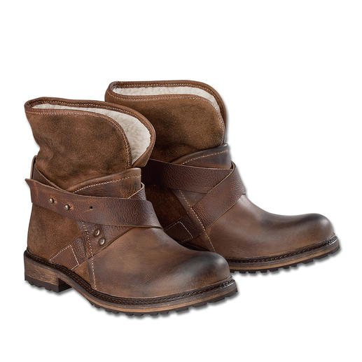 Yellow Cab Streetstyle Boots Rugged and tough. Yet soft and a mere 18.5 ounces light.
