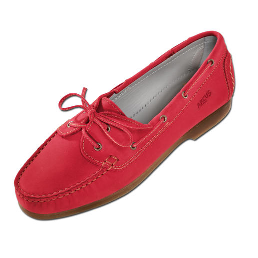 Arcus® Nubuck Moccasin Almost the ultimate in comfort: The moccasin with latex sole.