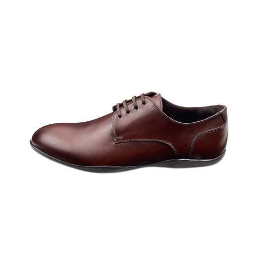 Harrys of London Oxford Lace-Up Shoes As elegant as a fine Oxford lace-up – but with the grip of a surfer shoe. Waterproof Vibram® tread sole.