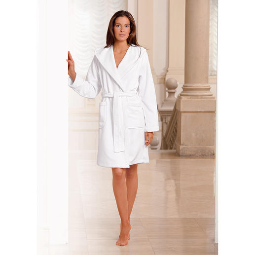 Double-faced Bathrobe, White Silky microfibre suede on the outside and absorbent towelling on the inside.