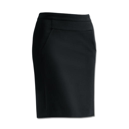 The perfect style to wear with casual flat boots and elegant high heels. This comfortable skirt can be worn with any style and to any event.