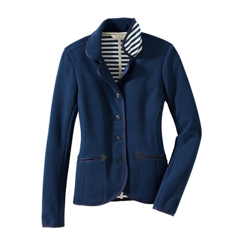 Aigle Fleece Blazer Wind-resistant Thermotech® fleece at its most elegant. Functional nautical chic.