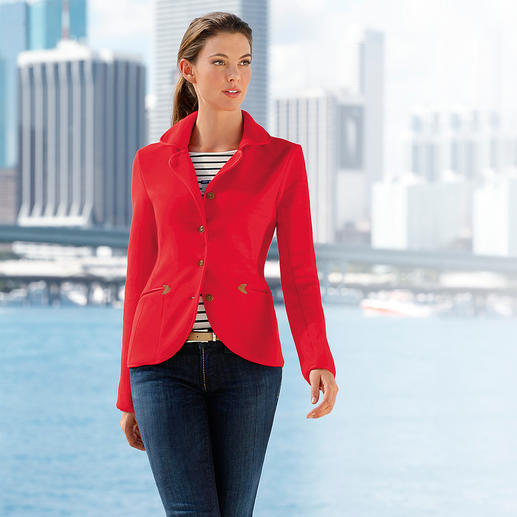 Aigle fleece Blazer Wind-resistant Thermotech® fleece at its most elegant. Functional nautical chic. By Aigle, France.
